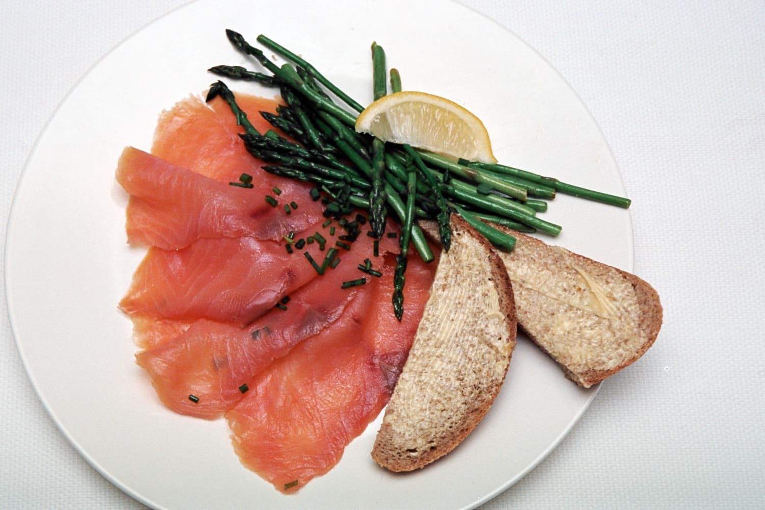Smoked Salmon with Asparagus