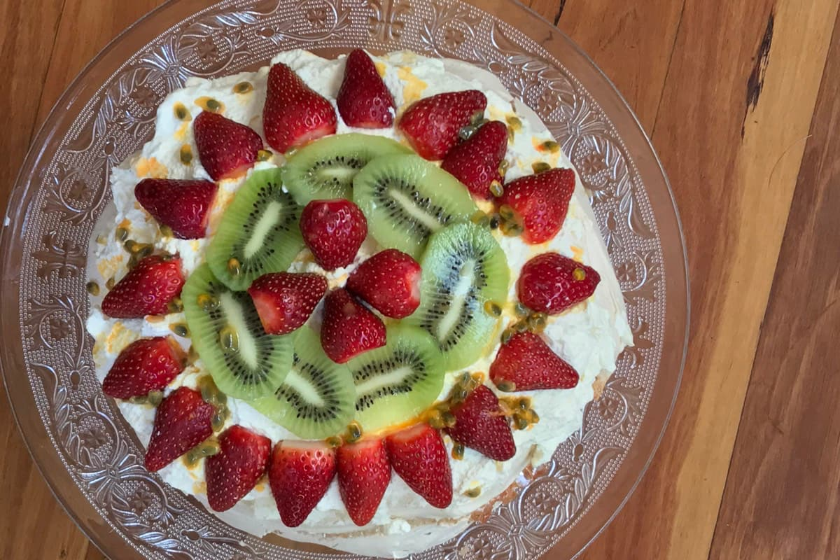 Pavlova with Kiwi Fruit and Strawberries